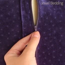 A Almofada Viscoelástica Cervical é uma almofada que se adapta perfeitamente à forma e silhueta do seu corpo, garantindo desta forma um conforto total.  Esqueça as almofadas mais convencionais e pouco confortáveis.