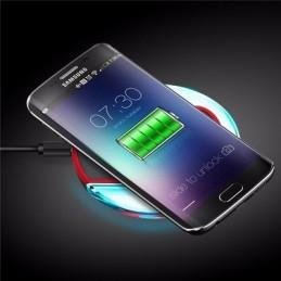Carregador Universal QI Sem fios - Fast Charger - Carregue o seu Smartphone de uma forma simples e e esqueça os nada práticos carregadores convencionais