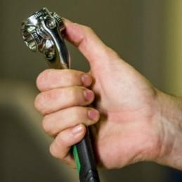 Uma ferramenta com várias camadas que consegue concentrar num único utensílio até 48 ferramentas diferentes