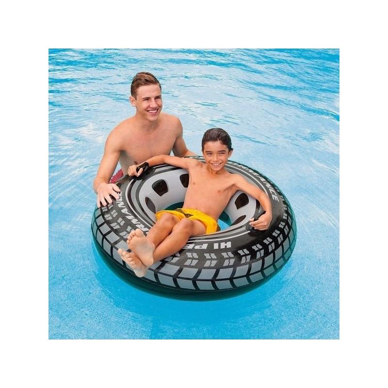 Torne o seu verão muito mais divertido com a ajuda da Boia Insuflável em forma de roda de carro!