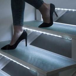 Uma luz LED muito prática e decorativa para iluminar qualquer lugar.